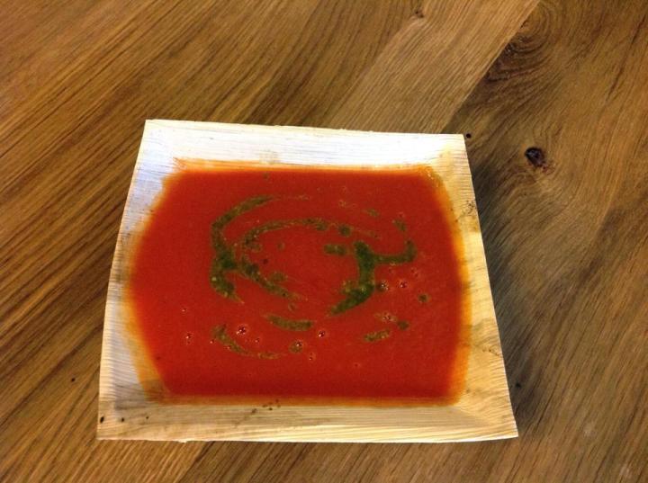 krem zpomidorów zpesto